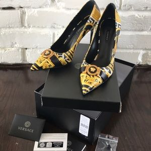 New Authentic Versace Savage Barocco Pumps 39.5